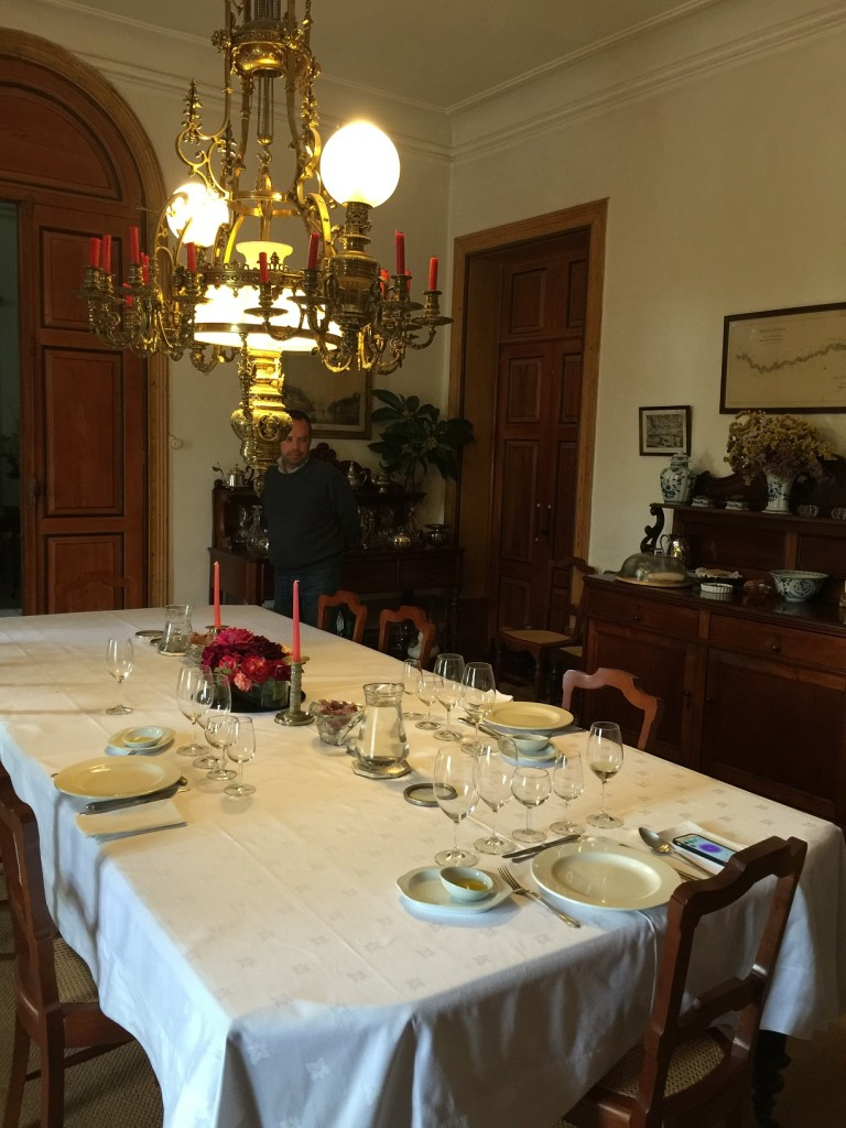 The table is set for a fantastic, country Douro lunch.